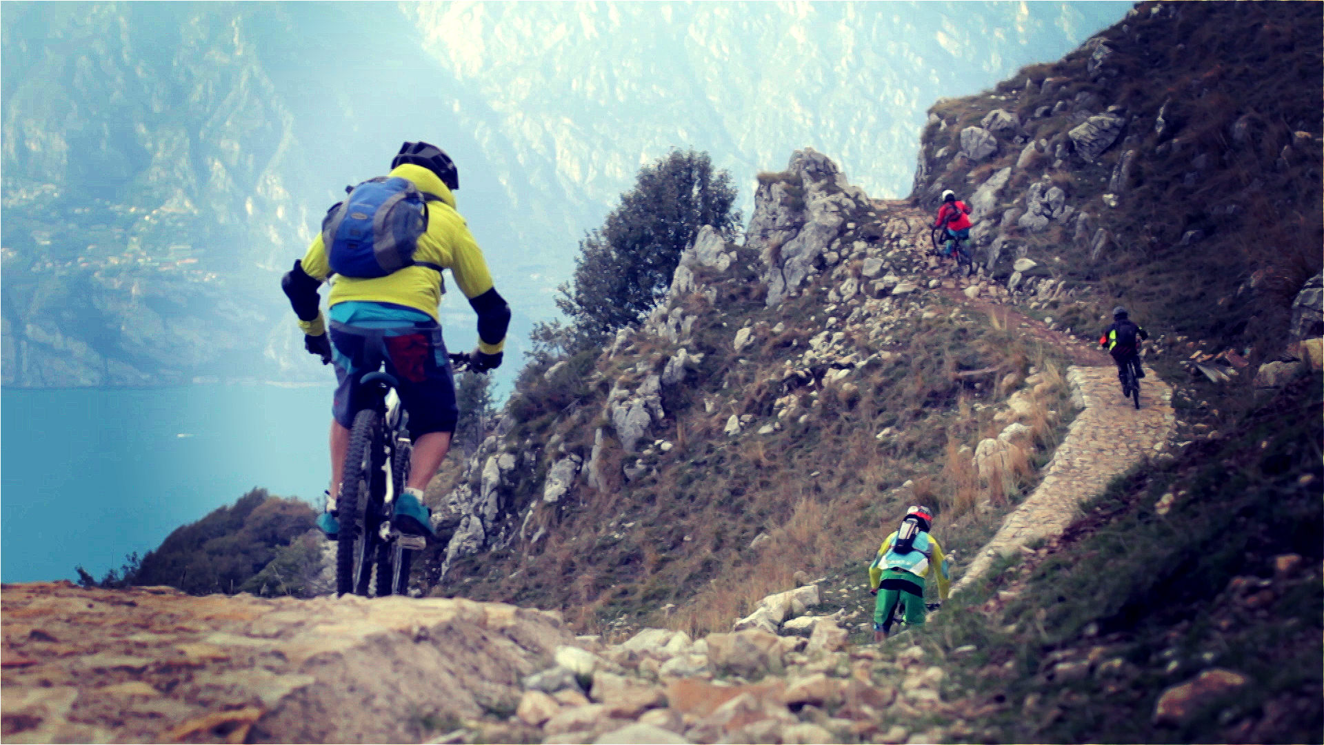 Enduro mountain bike holiday italy